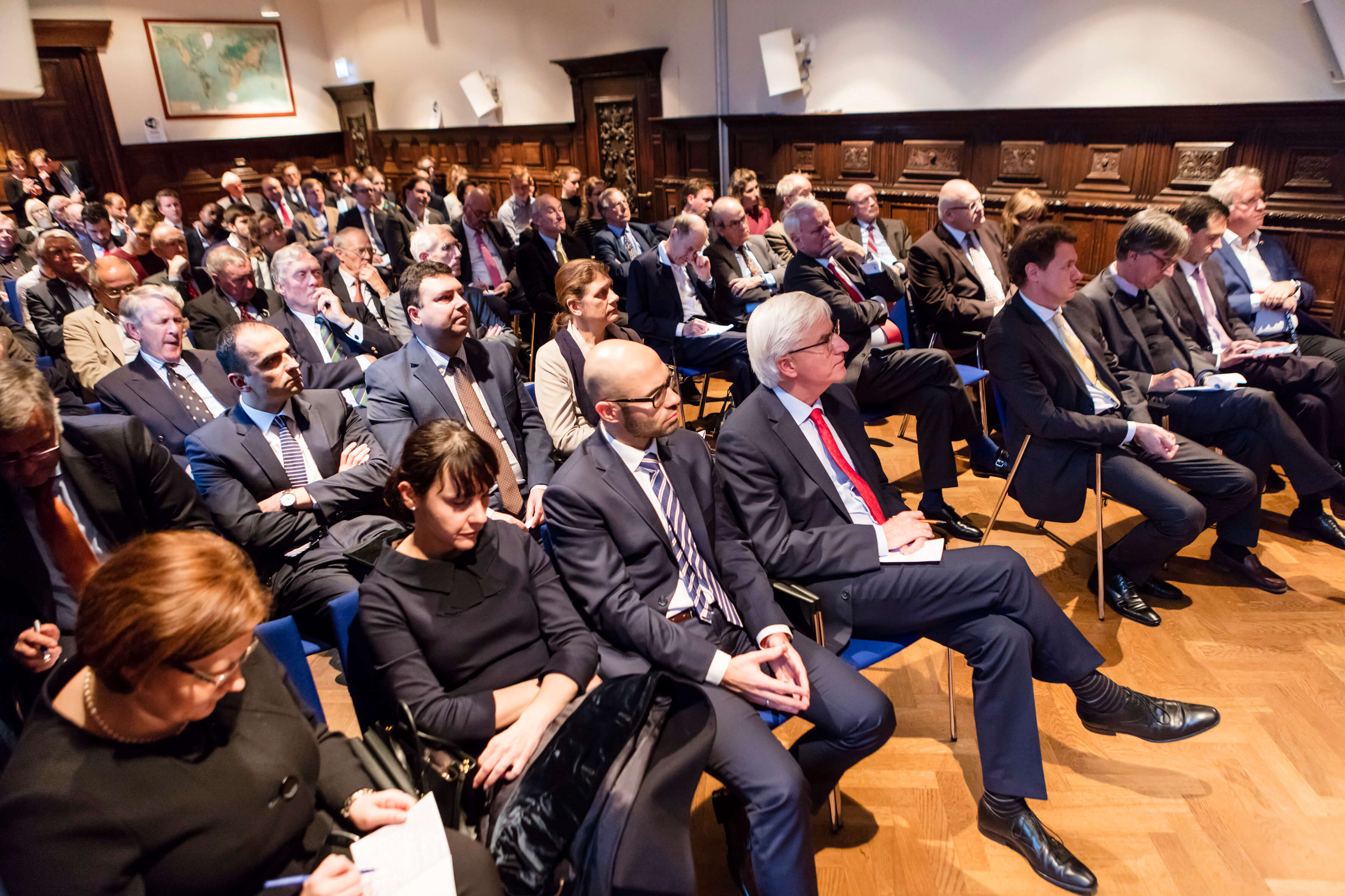 Full house during public debate with Polish FA minister Waszczykovski