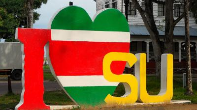 Suriname geen 'falende staat'